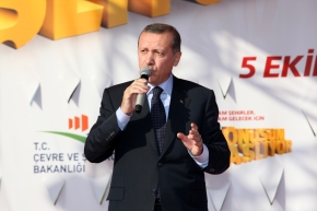 criminalization of urban poverty by Turkish PM